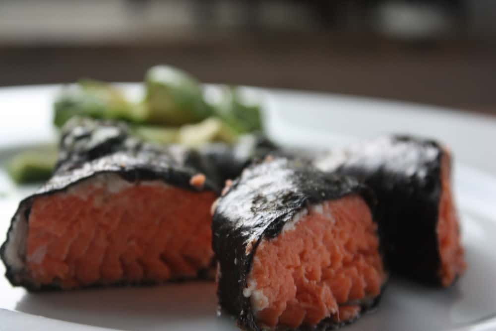Nori salmon 1
