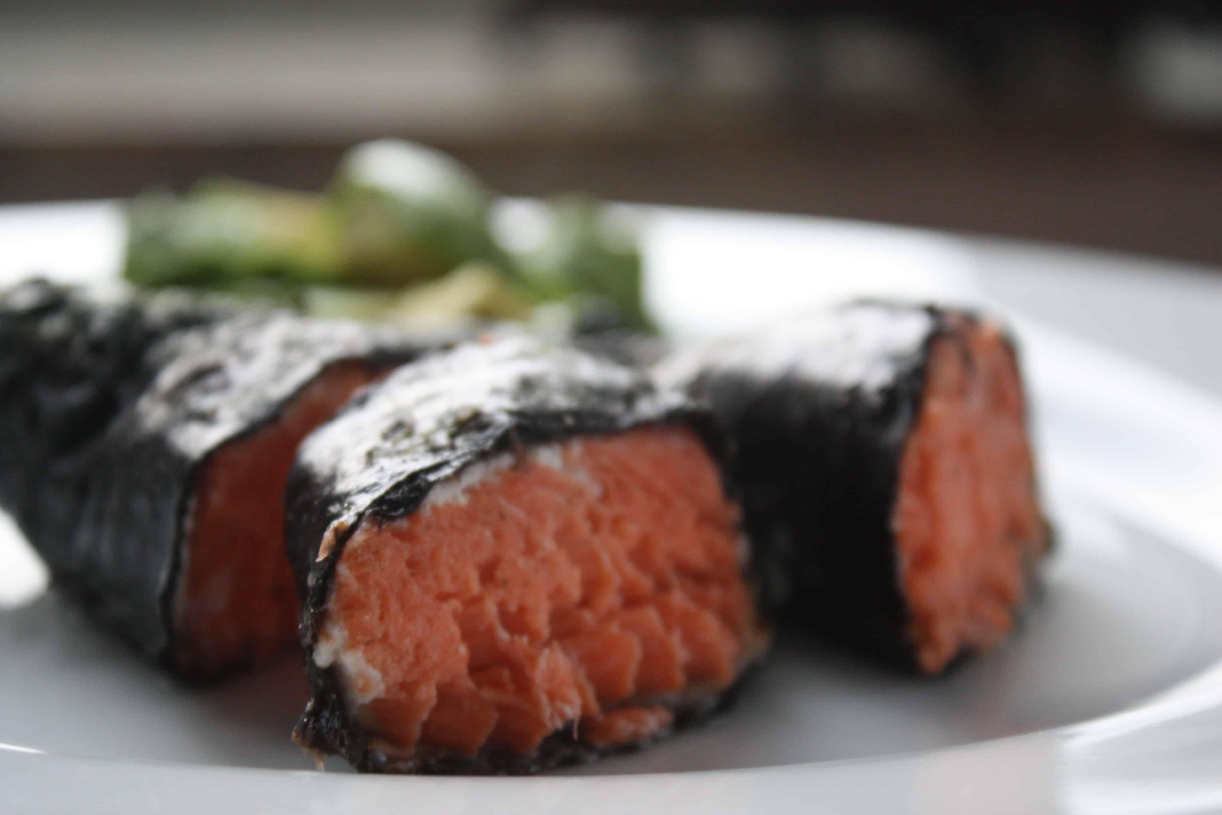 Fast and easy nori-salmon sticks