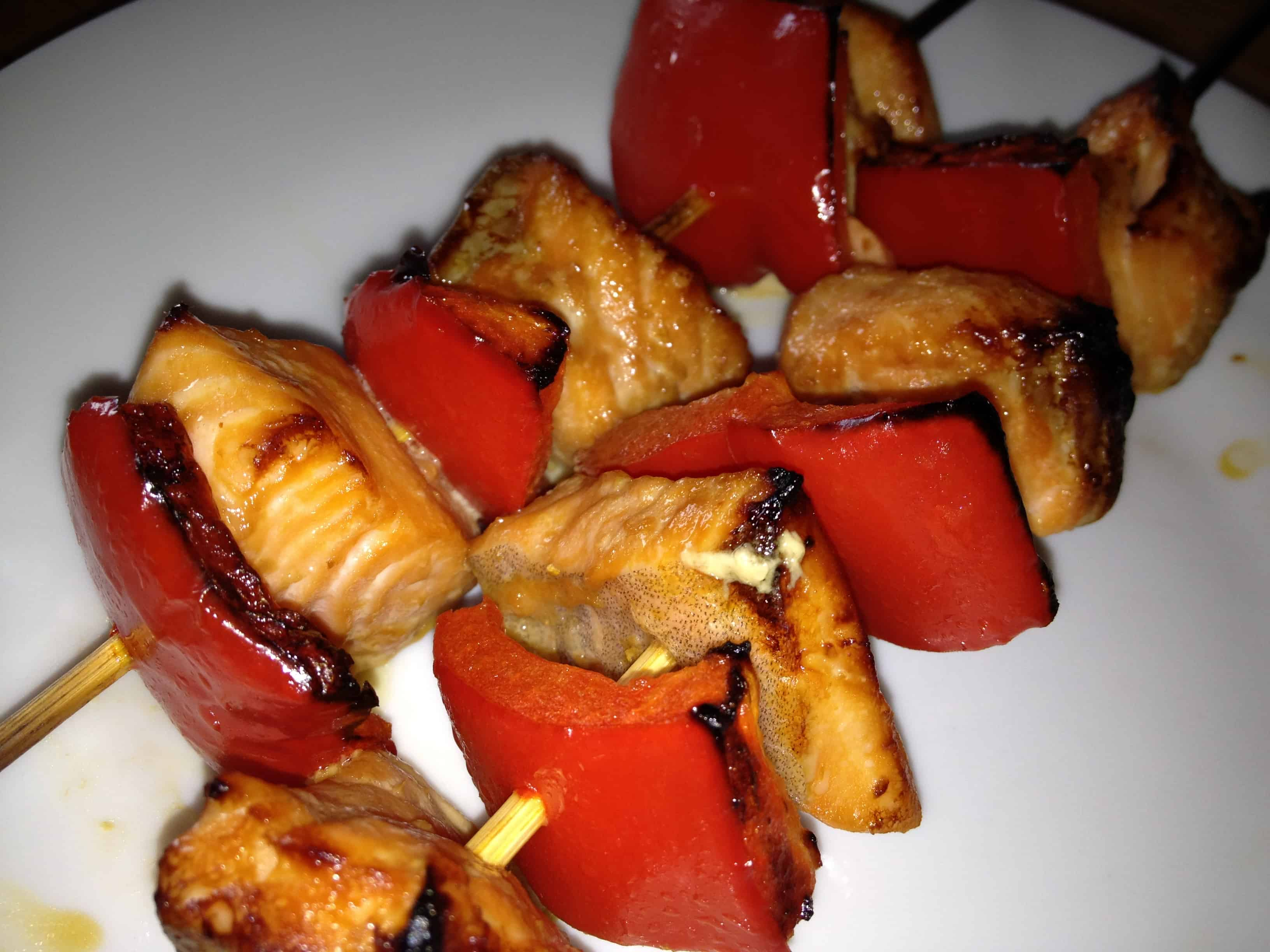 Salmon red pepper skewers