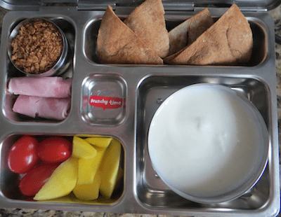 Calcium rich lunchbox: plain yogurt, home made granola, ham, tomatoes, mango, home made pita chips