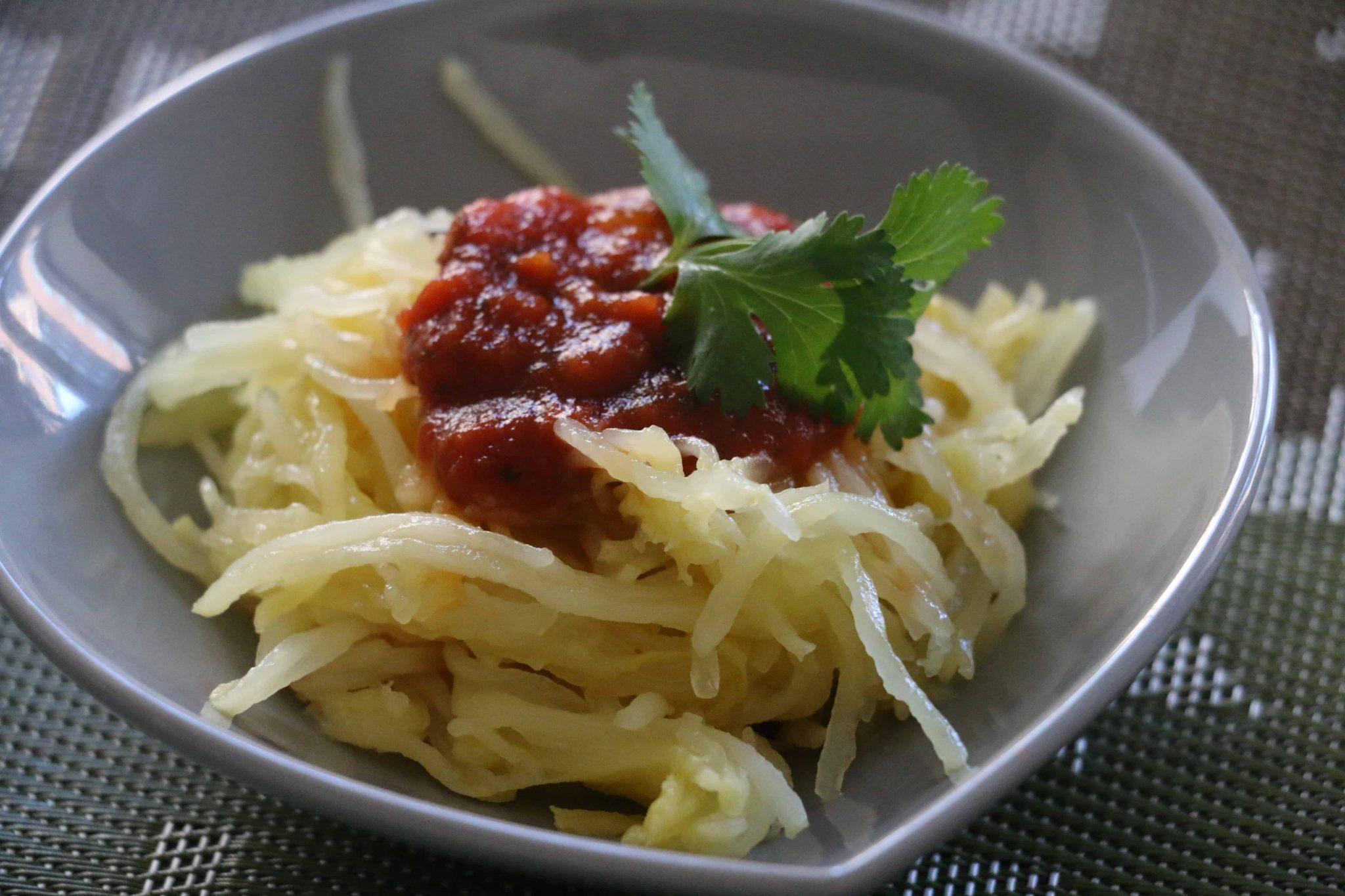Spaghetti Squash with Tomato Sauce