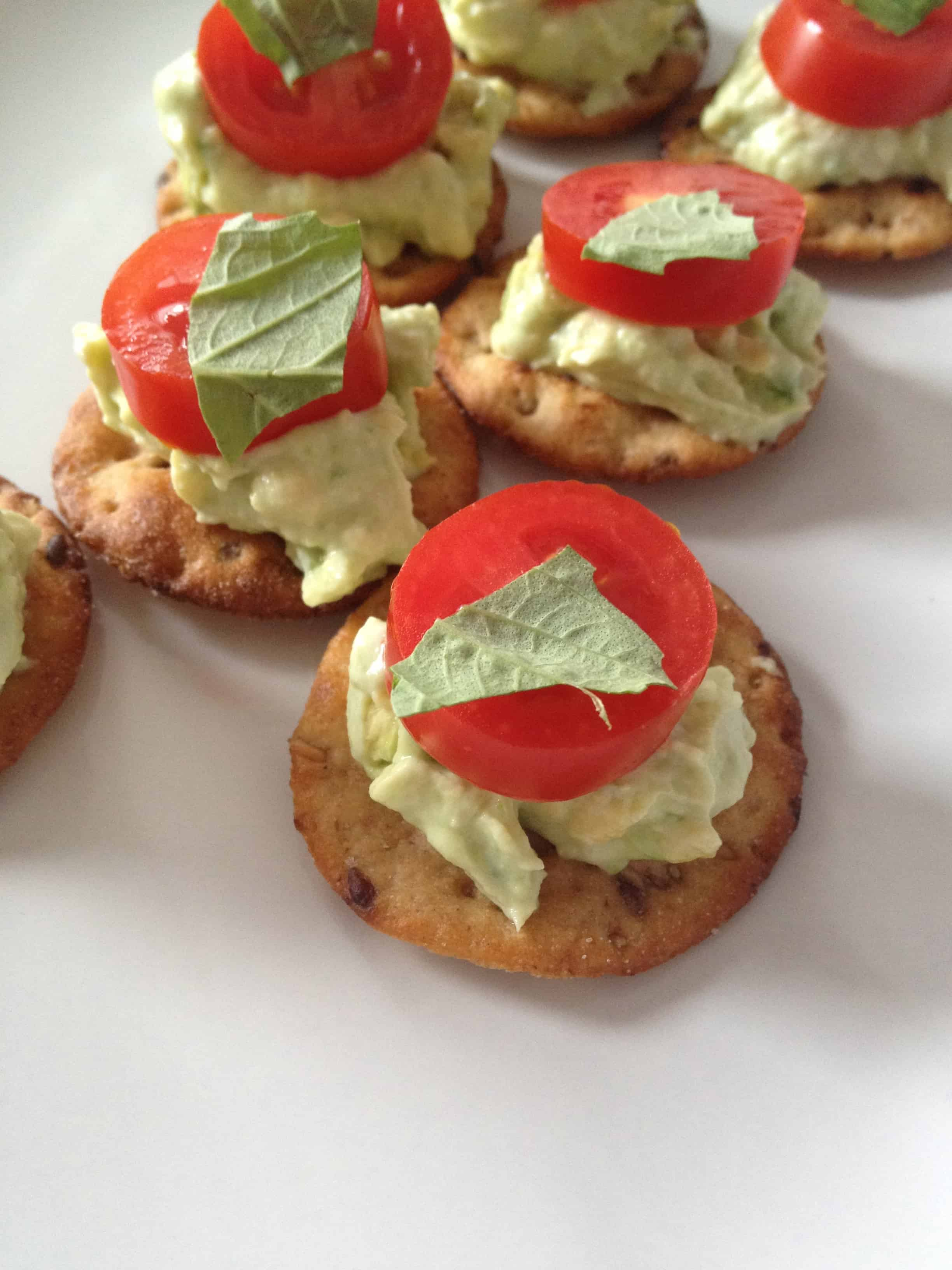 No-Cook Homemade Snacks : Fruit Sticks, Banana Butterflies, and Avocado Toasts