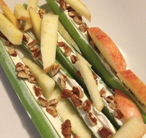 Homemade snacks: Waldorf on a stick