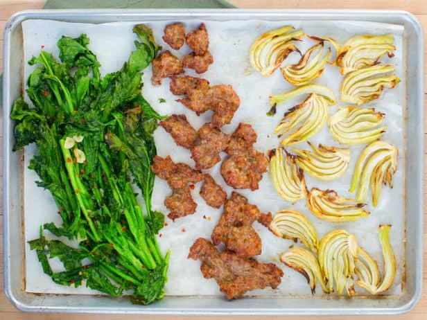 FNK_Sheetpan-Dinners-Sausage-Broccoli-Rabe_s4x3.jpg.rend.snigalleryslide
