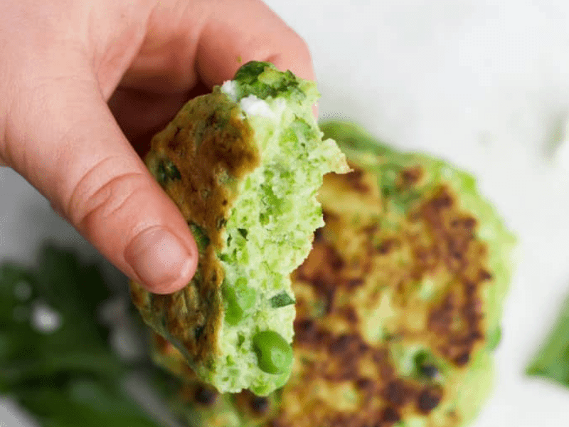 pea fritters - finger food for babies